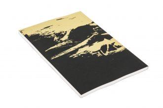 קולקציית FOIL - מחברת בצבע שחור עם הדפסה בפויל זהב