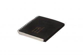 ספר מתכונים Kitchen בצבע שחור עם הדפסה בזהב, כיוון הפתיחה משמאל לימין(אנגלית)